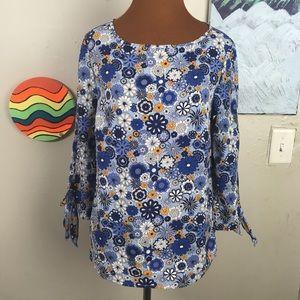 DALIA floral printed top with sleeve ties, hippie